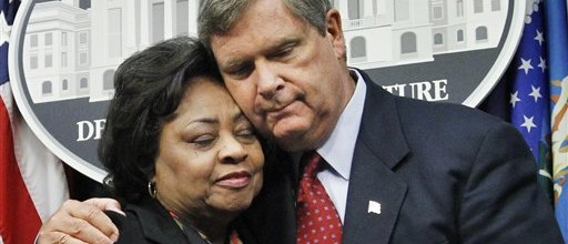 Shirley-Sherrod-and-Tom-Vilsack-1-e1297695104635