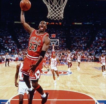 1991-Michael-Jordan-005898010