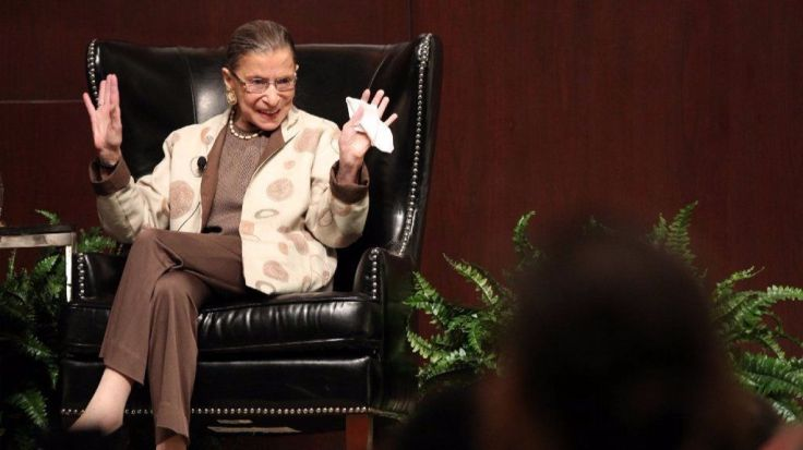 ct-redeye-ruth-bader-ginsburg-roosevelt-university-talk-supreme-court-20170726